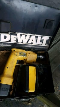 DEWALT DRILL BATTERY N CHARGER IN CASE Spring Grove, 17362