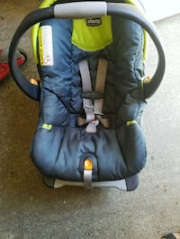 baby's black and green car seat carrier Sacramento, 95817
