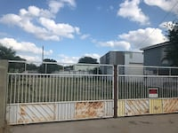 FOR RENT / COMMERCIAL FENCED YARD 70 x 130 WITH WAREHOUSE STORAGE AREA. M1 ZONE Laredo