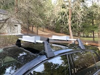 VW Golf roof carrier bars