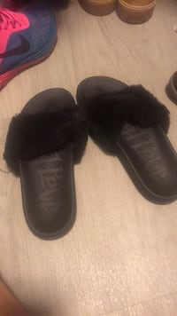 pair of black UGG boots Katy, 77449