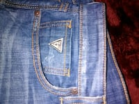 blue denim 33/32 mens Guess jeans Calgary, T2A 1H9