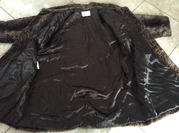GORGEOUS FAUX FUR VERY GOOD QUALITY WINTER COAT FROM FRANCE SIZE 6 8620f9307