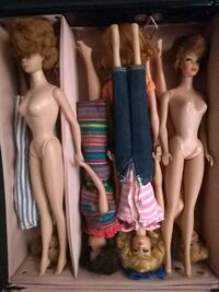 Vintage barbies and clothes! Burnaby, V5H 2R6