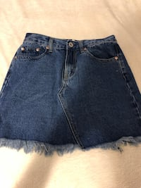 Women's blue denim skirt Toronto, M9B 0B2