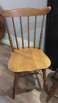 Set of 4 farmhouse chairs solid wood Surrey, V3V 6A4