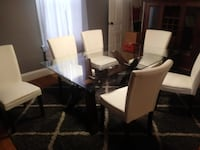 Dining room table and chairs  Hagerstown, 21740
