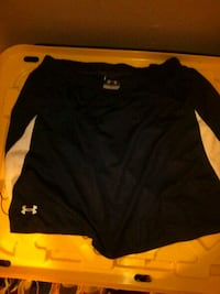 black and orange Under Armour pullover hoodie Hempstead, 11550