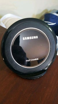 Samsung wireless fast charger Guelph, N1C 1E6