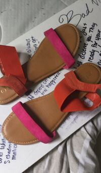 pair of red leather sandals Germantown, 20874