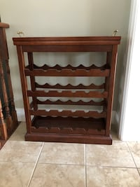 Wine rack with removable tray East Gwillimbury, L0G 1M0