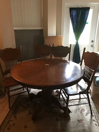 Dining table set Grand Island, 32735