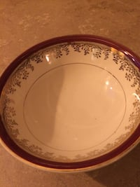 Burgundy and gold China set of 8 Oakville, L6H 1G1