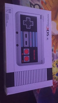 Portable Game Console: NES Limited Edition 3DS XL Morganville, 07751