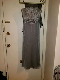 Long prom dress with free scarf/ silver color lace top Vancouver, V6G 2H8