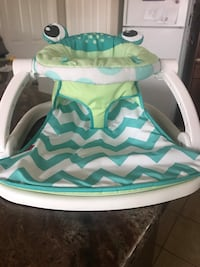 Frog seat and baby play mat Fresno, 93722