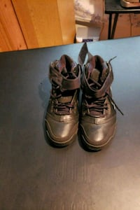 Size 11 Nike Airmax180 District Heights, 20747
