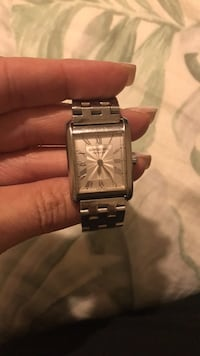 square silver-colored analog watch with link bracelet 276 mi