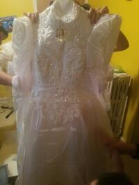 Bridal gown set Toronto, M6M 1T1