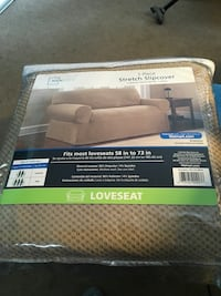 Ones piece slipcover for loveseat Glen Burnie, 21061