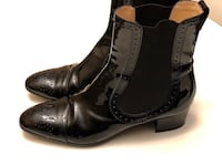 Tod's of Italy Luxury Brand - Black Patent Leather Boots size 40 (9) Abbotsford, V4X 1G5
