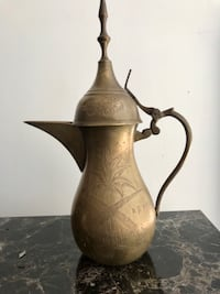Antique Arabia wine server Mississauga, L5B 4P2