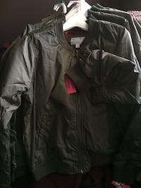 Jacket olive green nice Christmas gift for teenagers or any Clarksville, 37042