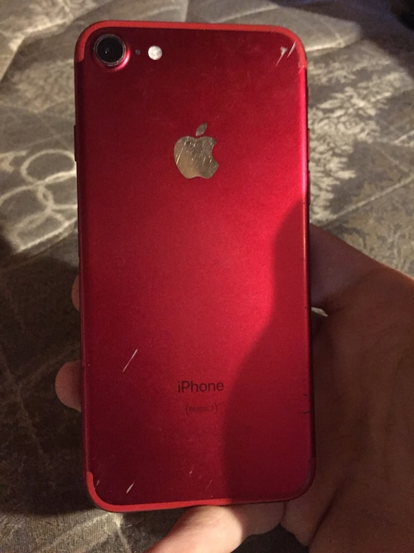 Cracked iPhone 7