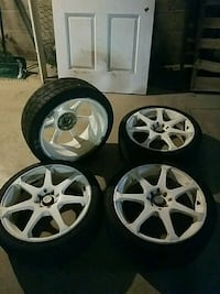 205/40 r17 tires on rims East Rochester, 14445