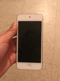 gold iPhone 6 with box Brossard, J4Z 3A3