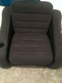 Blue blow up, pull out chair Perrysburg, 43551