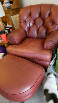 Leather Mancave Chair and Ottoman Fargo, 58104