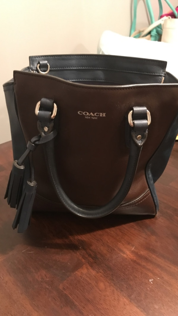 b528c08b61bf Used Navy and Brown Coach leather 2-way tote bag for sale in Lincoln Park -  letgo