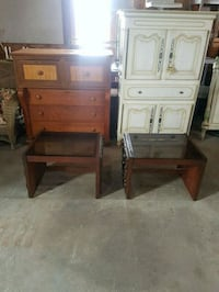 pair of side tables  Brampton, L6X