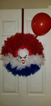 Pennywise wreath Frederick, 21703
