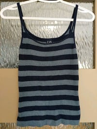 Women's blue sparkle striped Gap top size small