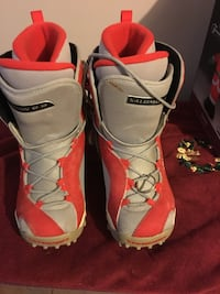 Snow board boots size 4.5 Pickering, L1V