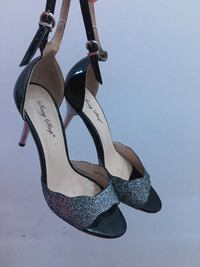 Sexy step silver and black heals size 7  NEGOTIABLE Markham, L6C 0W6