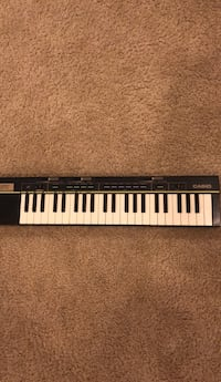 black and white electronic keyboard Dumfries, 22026