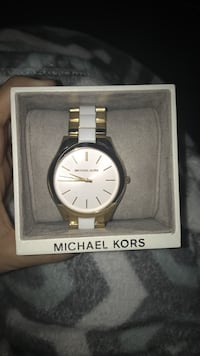White and gold Michael kors watch Washington, 27889