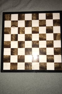 Onyx chess set with board