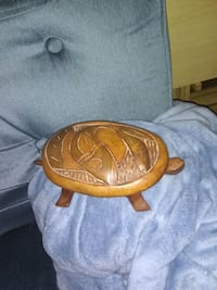 Hand Carved Detailed Turtle Penn Yan, 14527