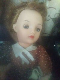 Happy holidays Ideal doll 1/2 off Springfield, 45503