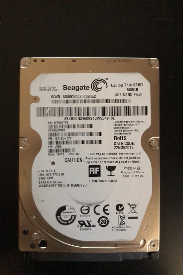 2 adet Seagate 500GB SSHD + 1 aadet 500GB Momentus 1