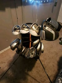 black and gray golf bag with golf clubs Red Deer