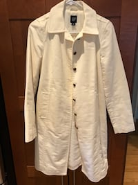 Used once, GAP size small. Just dry cleaned Vancouver, V6G 2E5