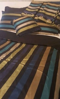 Bedsheet with four curtains Toronto, M4H 1J3