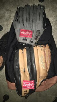 2 baseball gloves for $20 Santa Ana, 92706