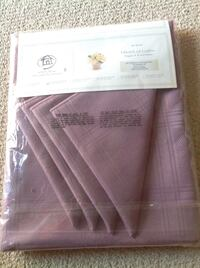 New Tablecloth with matching Napkins Brantford, N3R 0A1