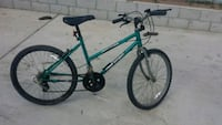 green and gray mountain bicycle Moreno Valley, 92557